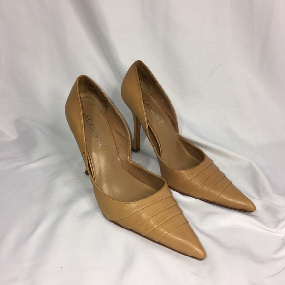 "5b5f1f9c2a8 Aldo Shoes - ALDO 4"" Heels Tan Size 37"